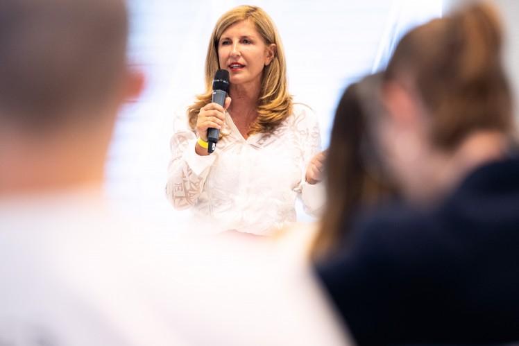 Nelly Kostadinova, Speaker