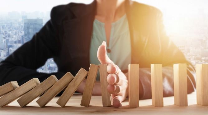 Titelbild zu »Meine 52 besten Tipps für dein starkes Unternehmen 2021 – Tipp 10: Mit unternehmerischer Weitsicht bleibst du in der Krise auf Kurs!«