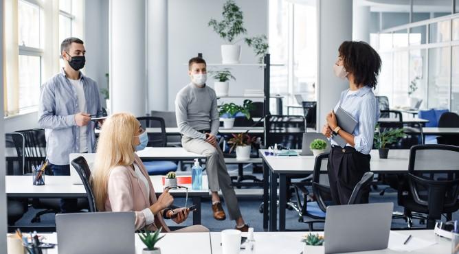 Titelbild zu »Meine 52 besten Tipps für dein starkes Unternehmen 2021 – Tipp 12: Warum du loyale Mitarbeiter brauchst und wie du ihre Loyalität weckst!«