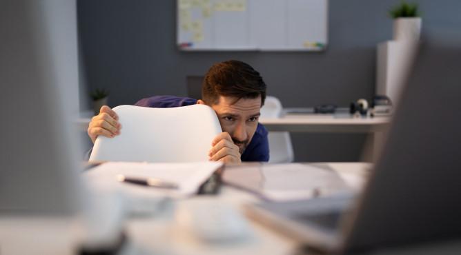 Titelbild zu »Meine 52 besten Tipps für dein starkes Unternehmen 2021 – Tipp 19: Mach deine Angst zu deinem Businesspartner!«