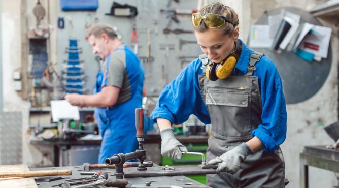 Titelbild zu »Meine 52 besten Tipps für dein starkes Unternehmen 2021 – Tipp 34: Fachkräfte gesucht? Fachkräfte gefunden!«