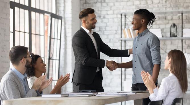 Titelbild zu »Meine 52 besten Tipps für dein starkes Unternehmen 2021 – Tipp 31: Effektiv führen mit bitte, danke & Entschuldigung«